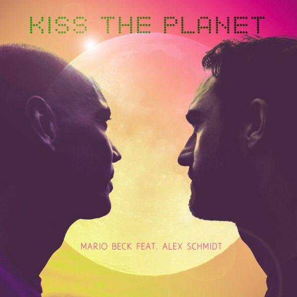24.09.2015-Böblinger-Bote-Kiss-The-Planet-erscheint-morgen-768x768